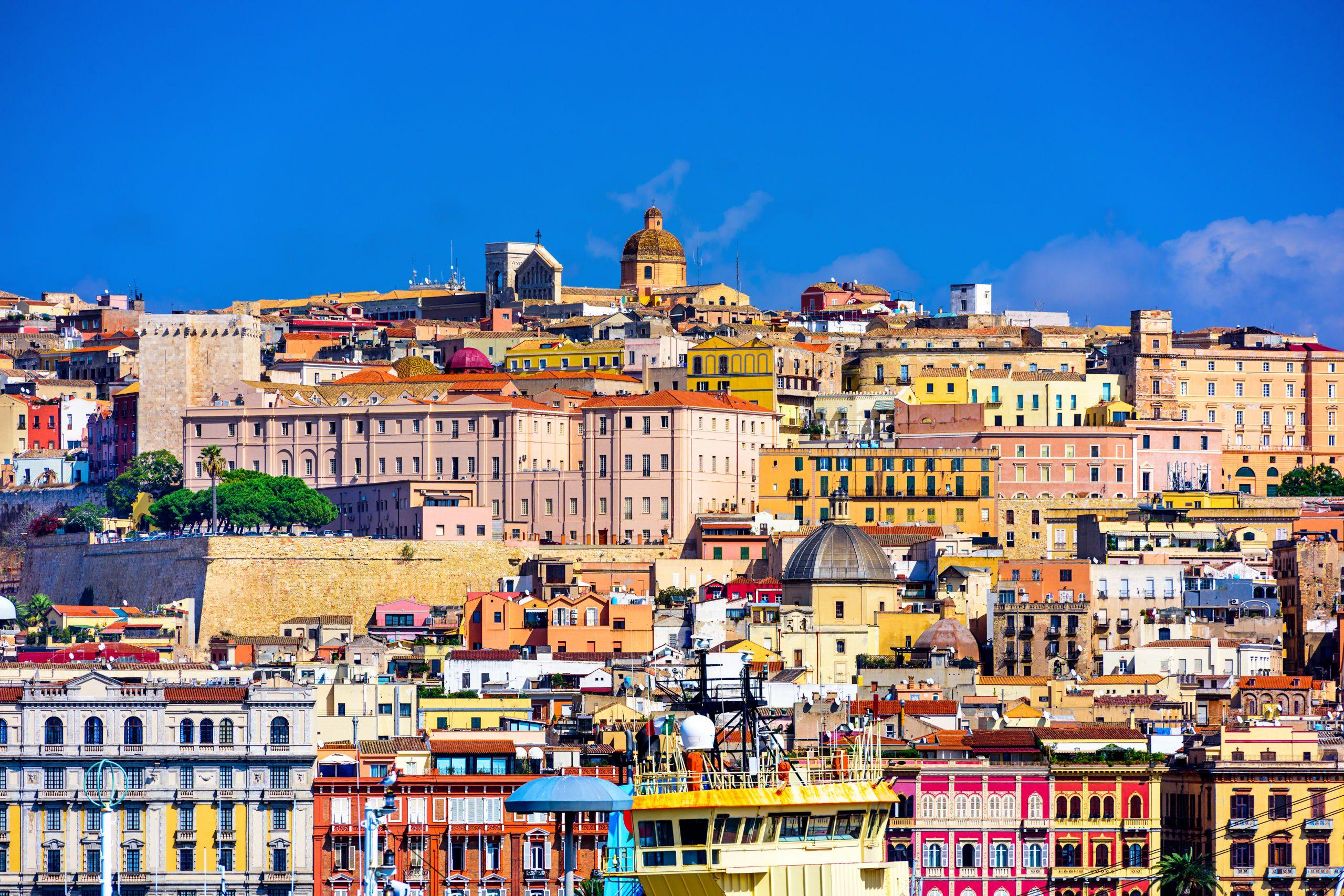 Cagliari, Sardynia, licencja: shutterstock/By Sean Pavone