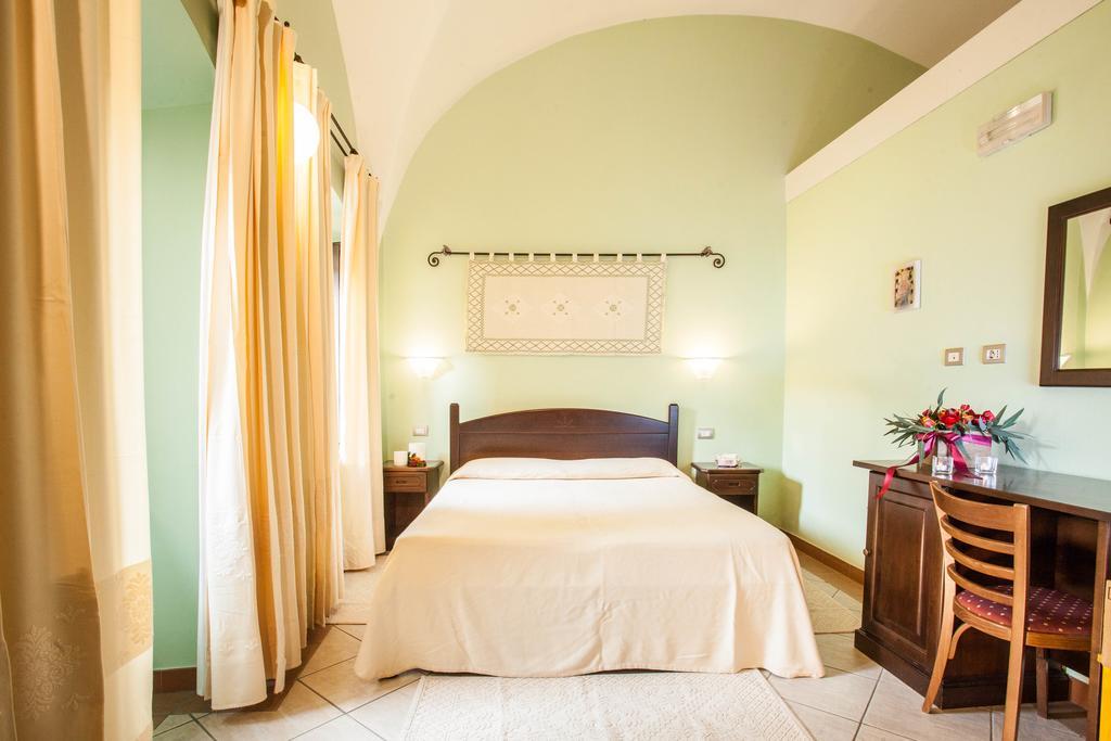 hotel-Oristano-Sardynia