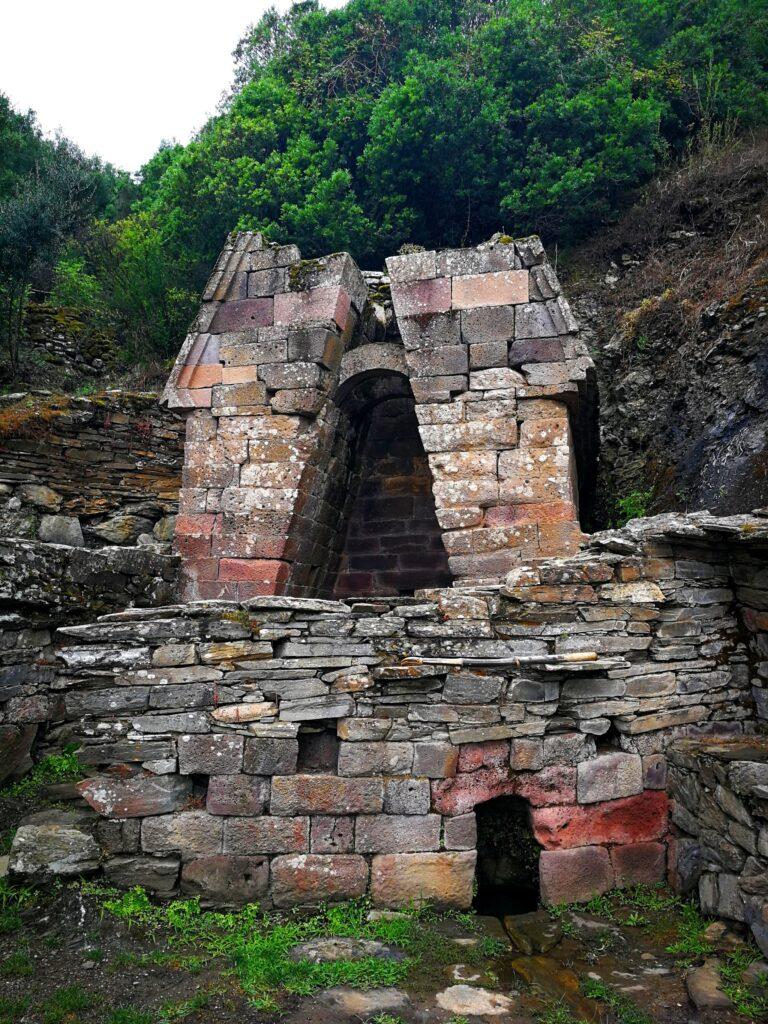 The ancient temple Su Tempiesu, Sardinia