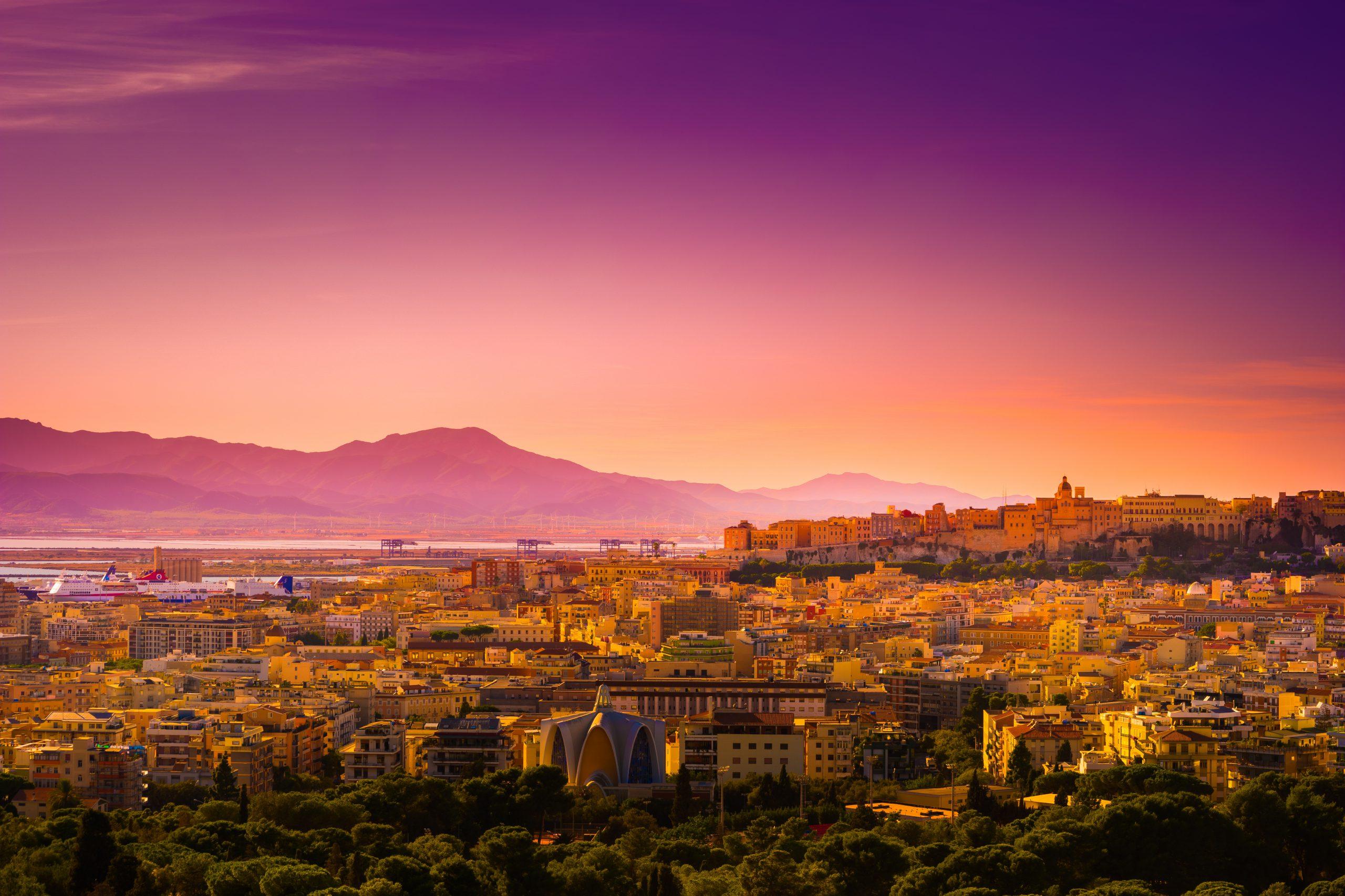 Cagliarii - najlepsze hotele i noclegi nad morzem